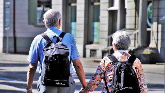 Как екипите на Столичната община ще помагат на самотните и възрастните?