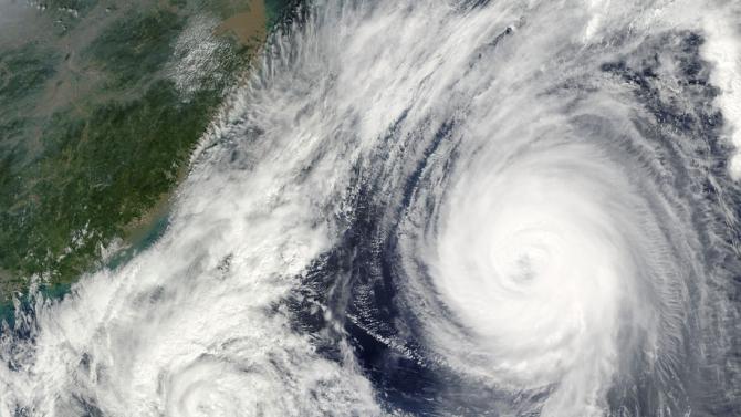 Нов тихоокеански тайфун се насочва към Филипините