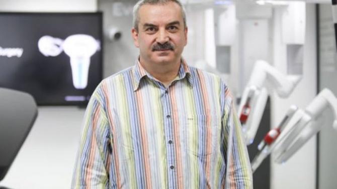 Д-р Янчо Делчев: Роботизираната хирургия е висшият пилотаж в медицината