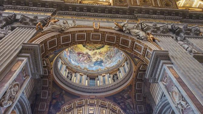 Затварят музеите във Ватикана