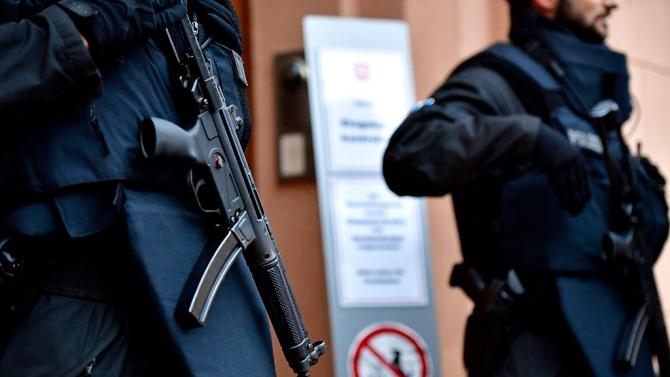 Въоръжиха полицаите в Норвегия