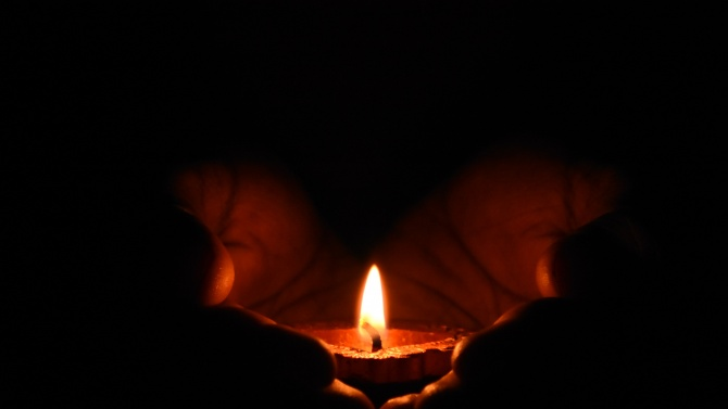 Ден на траур в Сандански за убитите от майка си две деца