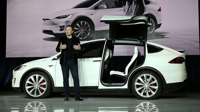Хакери показаха как се краде Tesla