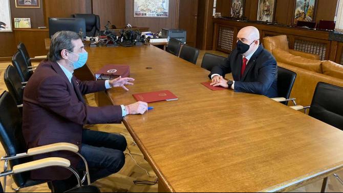 Иван Гешев и Димитър Манолов подписаха Меморандум за разбирателство и сътрудничество