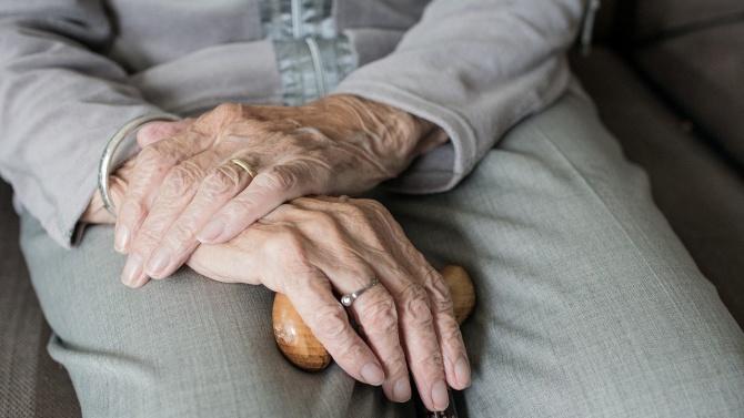 Нов бум на заразени стари хора във Варна