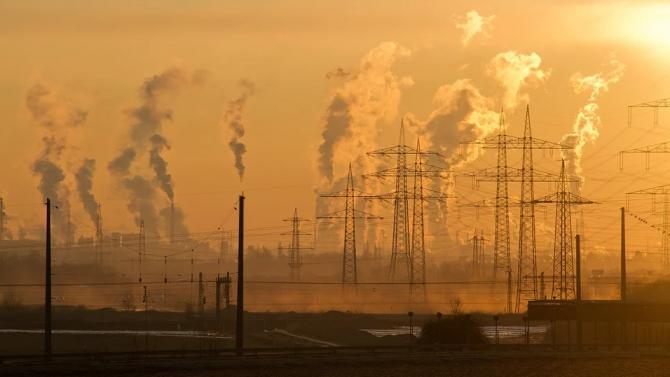 """ЕК прие предложение за нови """"зелени"""" правила за трансграничната енергийна инфраструктура"""