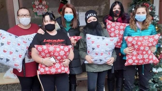 Младежи от Асеновград направиха дарение за благотворителен търг