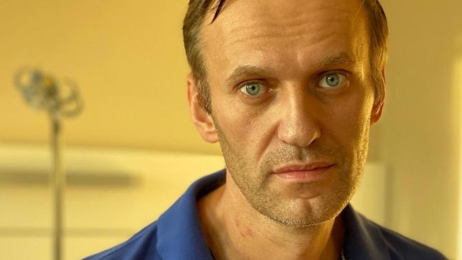 Навални се качи на самолета за Русия