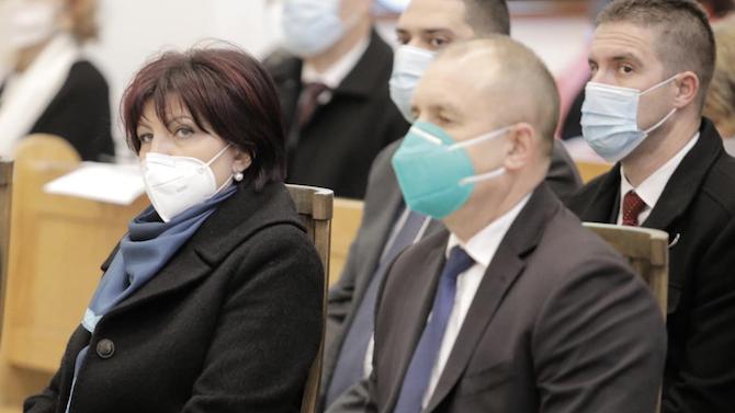 Караянчева за датата на изборите: Лъсна абсолютната некомпетентност на президента и неговия екип