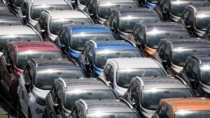 Силен спад в България на продажбата на нови коли