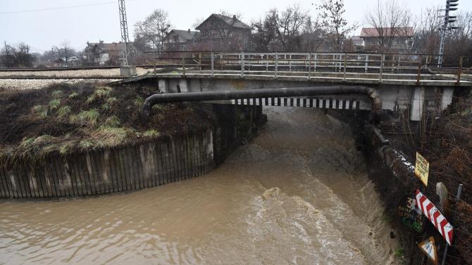 Община Хасково коригира коритото на река Хасковска