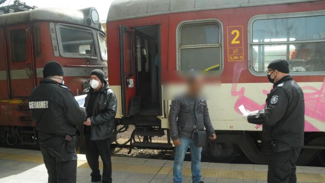 Ето кои са най-честите вандали на влаковете на БДЖ