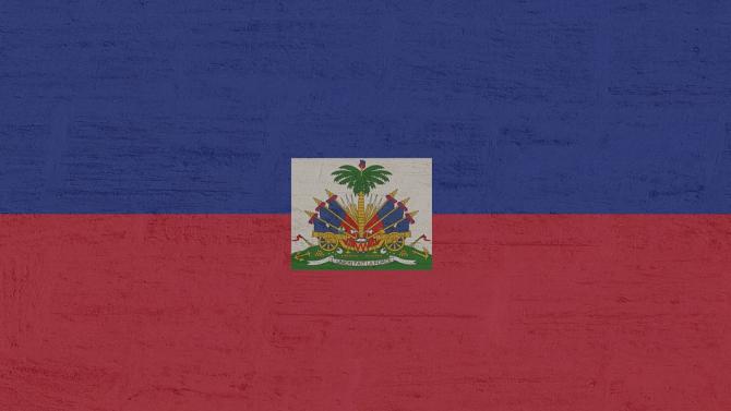 Опозиционните партии в Хаити избраха временен президент