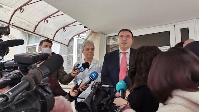 Министър Ангелов потвърди информацията за задържането на сина на президента