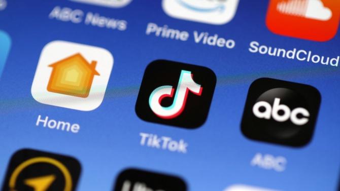 Защо TikTok е толкова привлекателна социална мрежа за младите