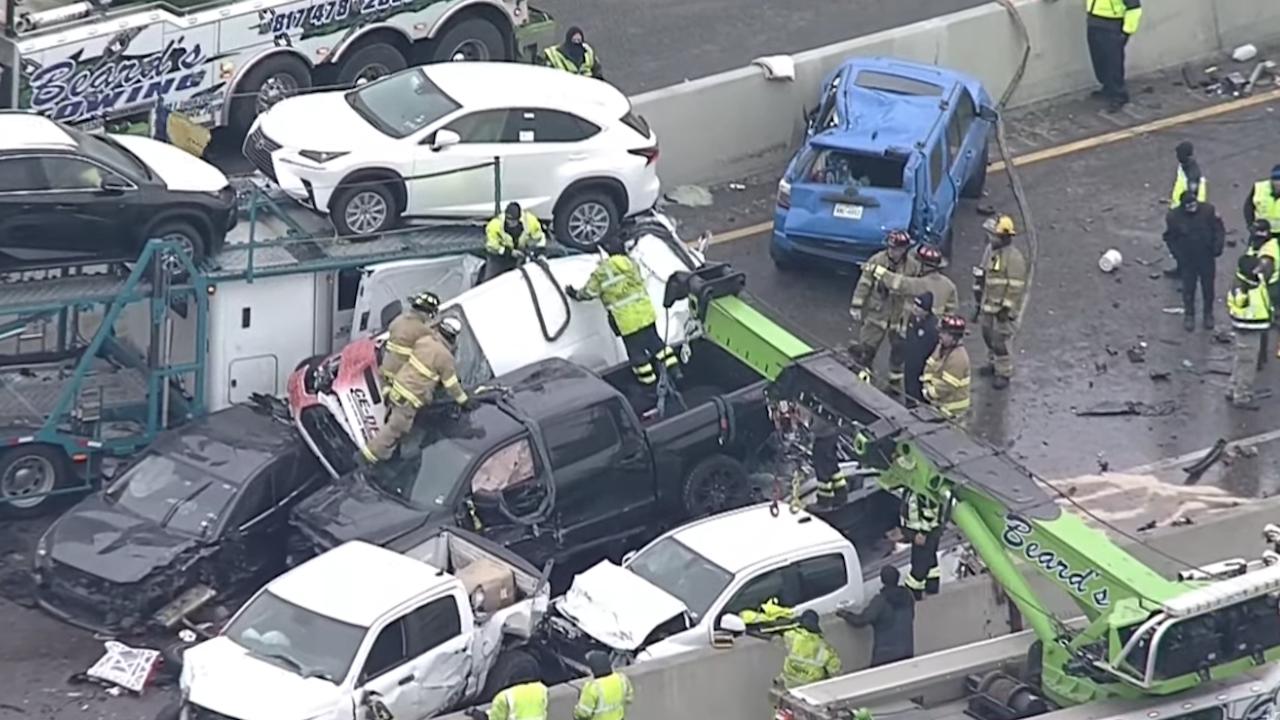 Над 100 автомобила катастрофираха в САЩ