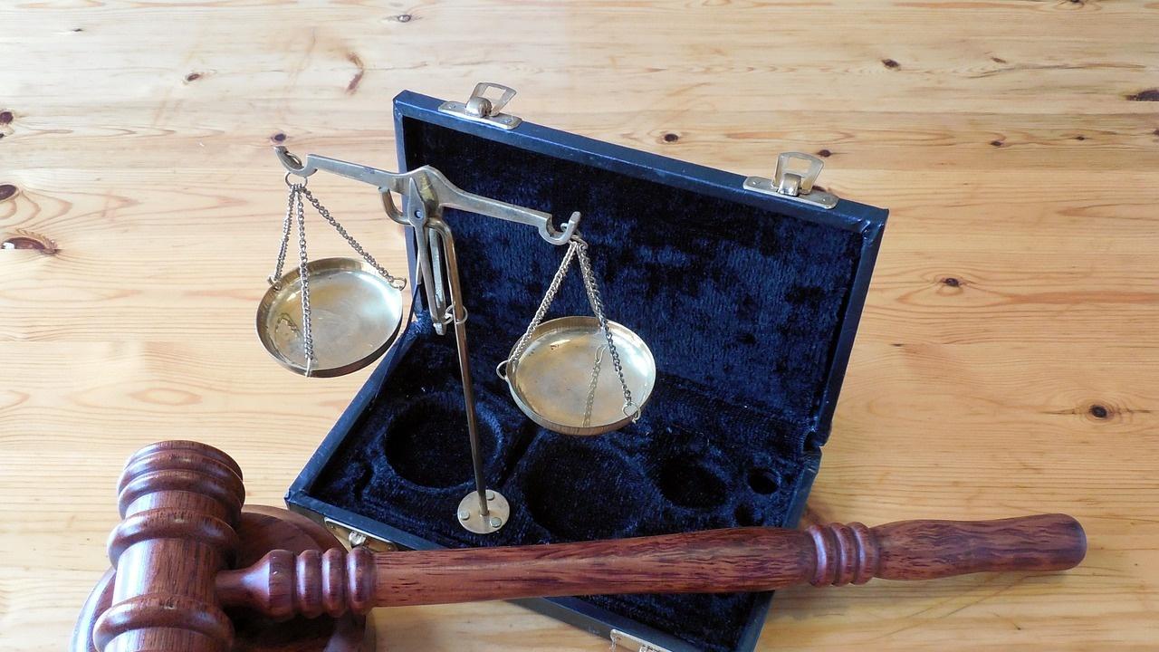 В Плевен осъдиха рецидивист на 6 години затвор заради кражба на пари от възрастна жена