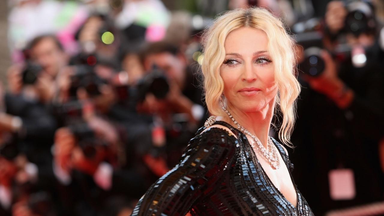 Осъдиха виновните за срутване на сцена на Мадона след 12 години