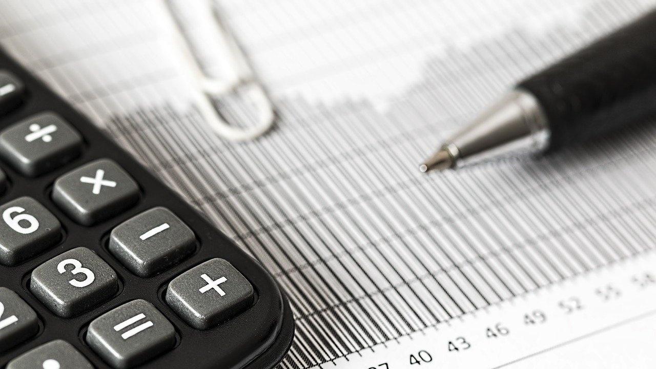 Доц. Сарийски: България трябва да потърси вариант за нов икономически модел - Икономика - Новини