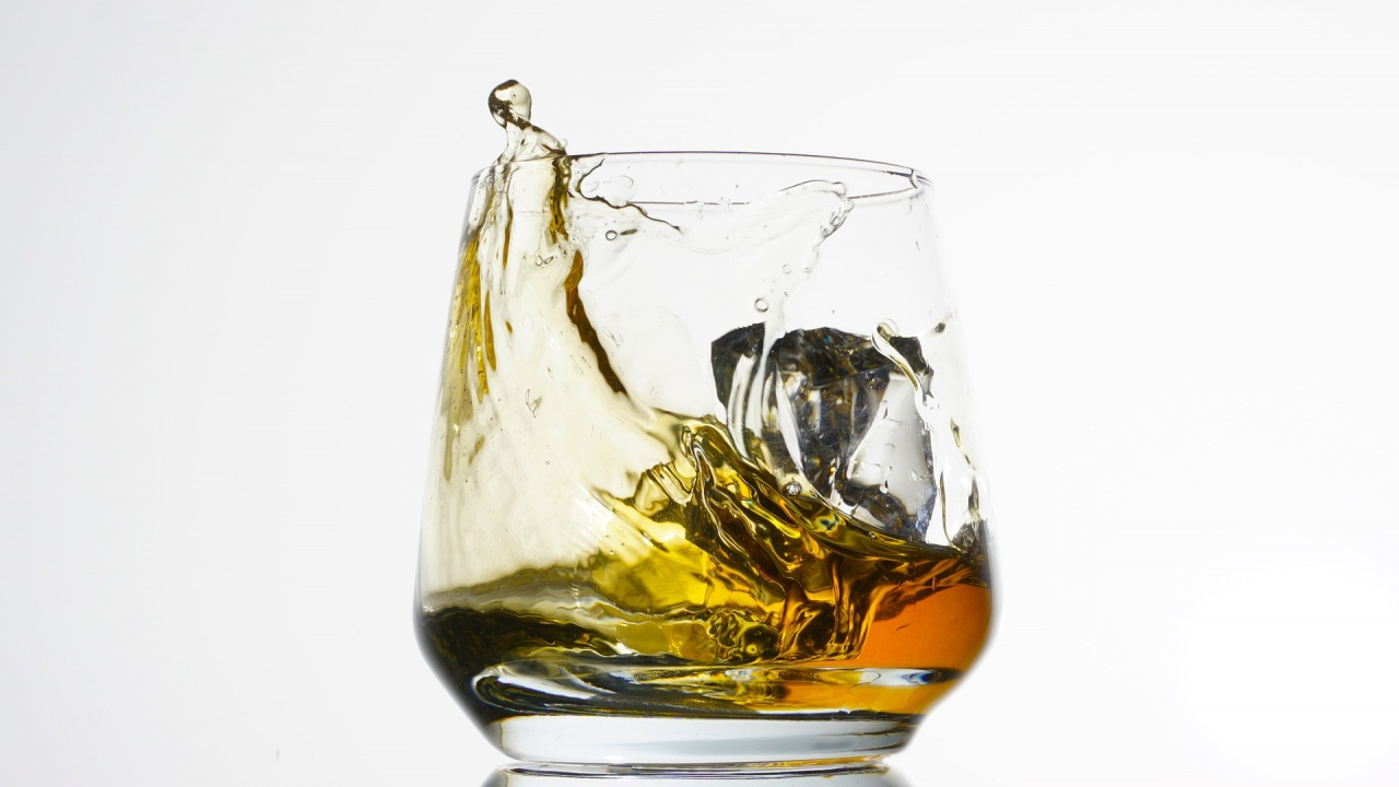 Най-голямата колекция уиски в света бе продадена на търг за над 9 млн. долара