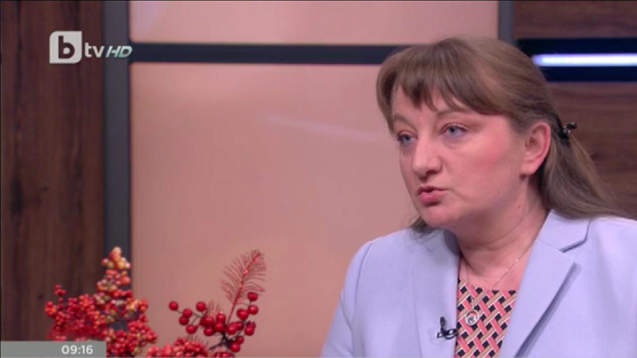 Деница Сачева: Няма задържани ваксини