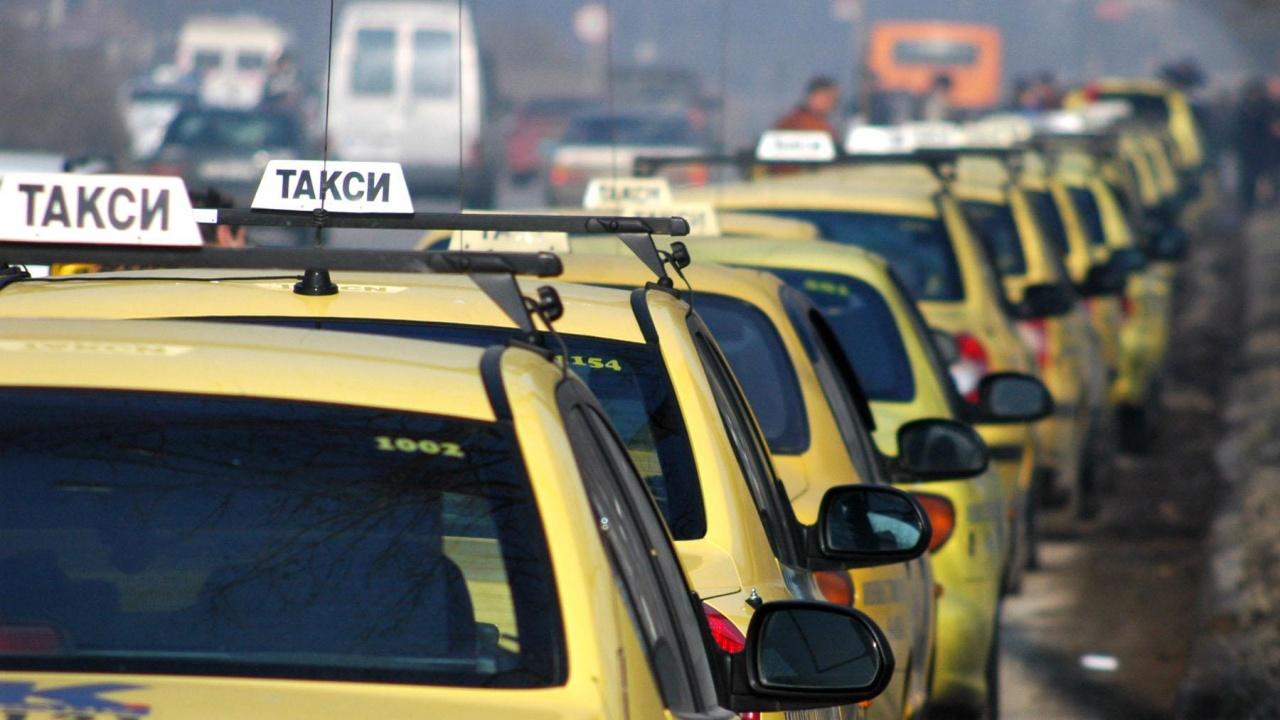 Поскъпнаха таксиметровите услуги и в Дупница
