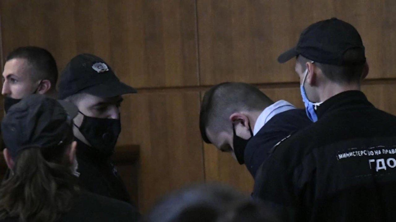 Кристиан Николов, подсъдим за убийството на Милен Цветков при катастрофа, е с COVID-19