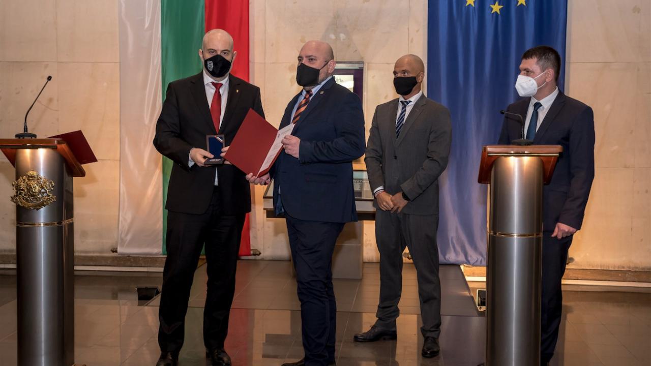 Иван Гешев награди магистрати и полицаи след съвещание на ръководствата на ПРБ и МВР