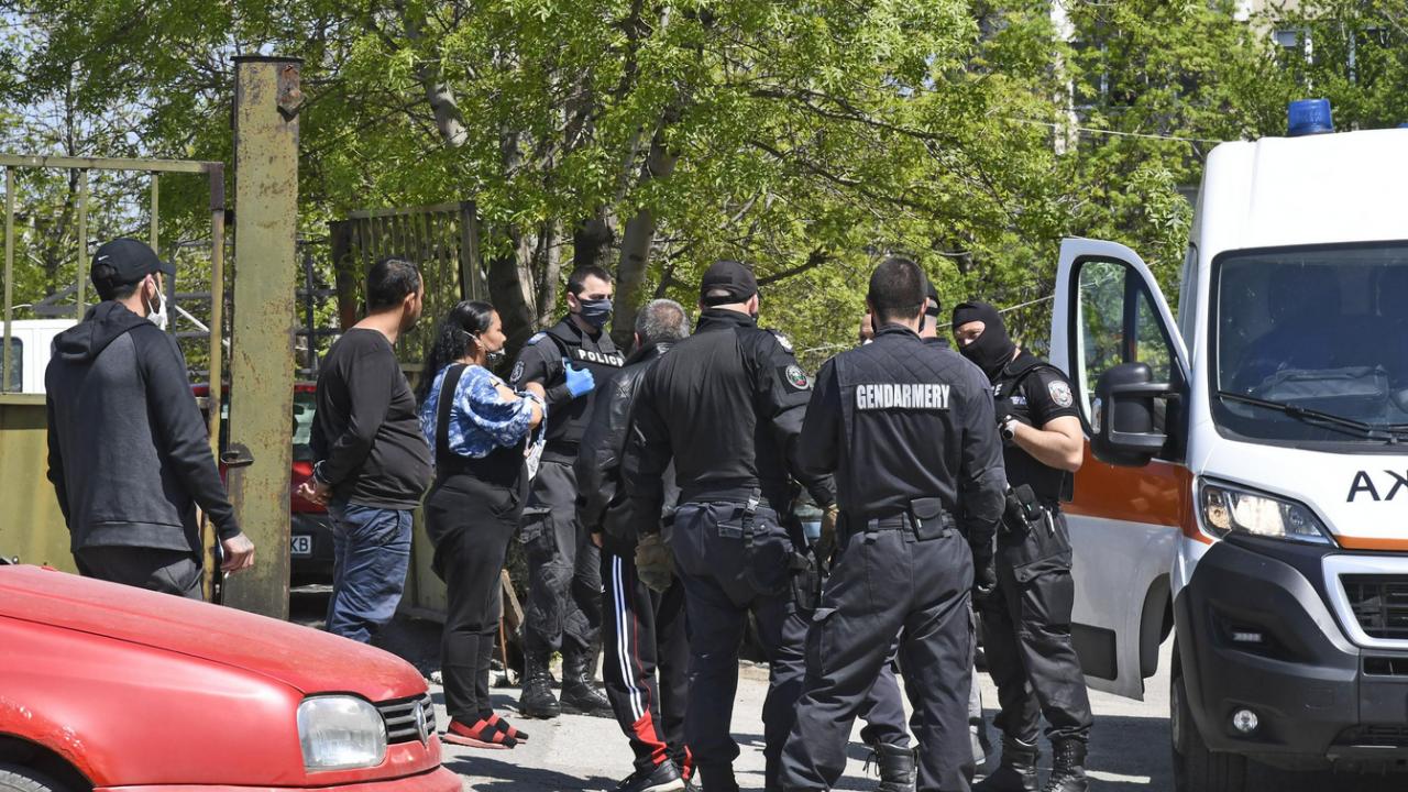 Цигани си спретнаха масово сбиване в Шекер махала в Пловдив