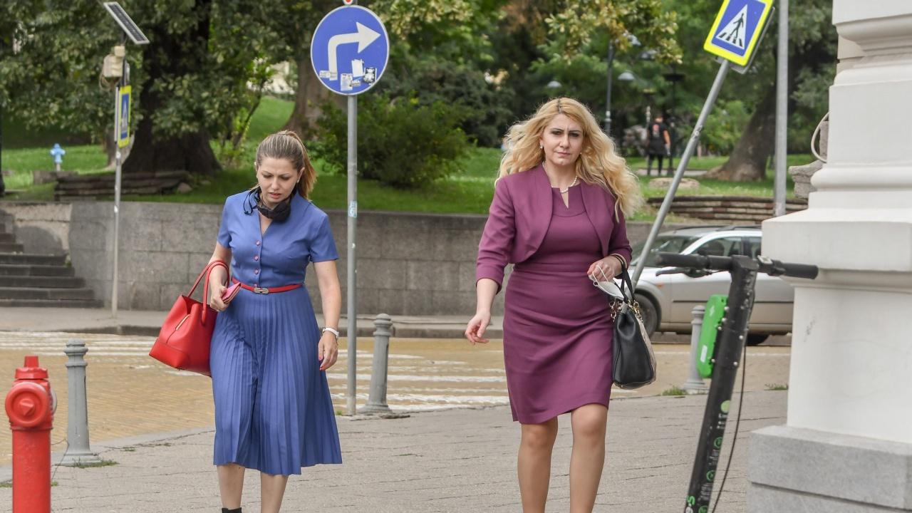 """Министър Ахладова поздрави Главна дирекция """"Охрана"""" за професионалния празник"""