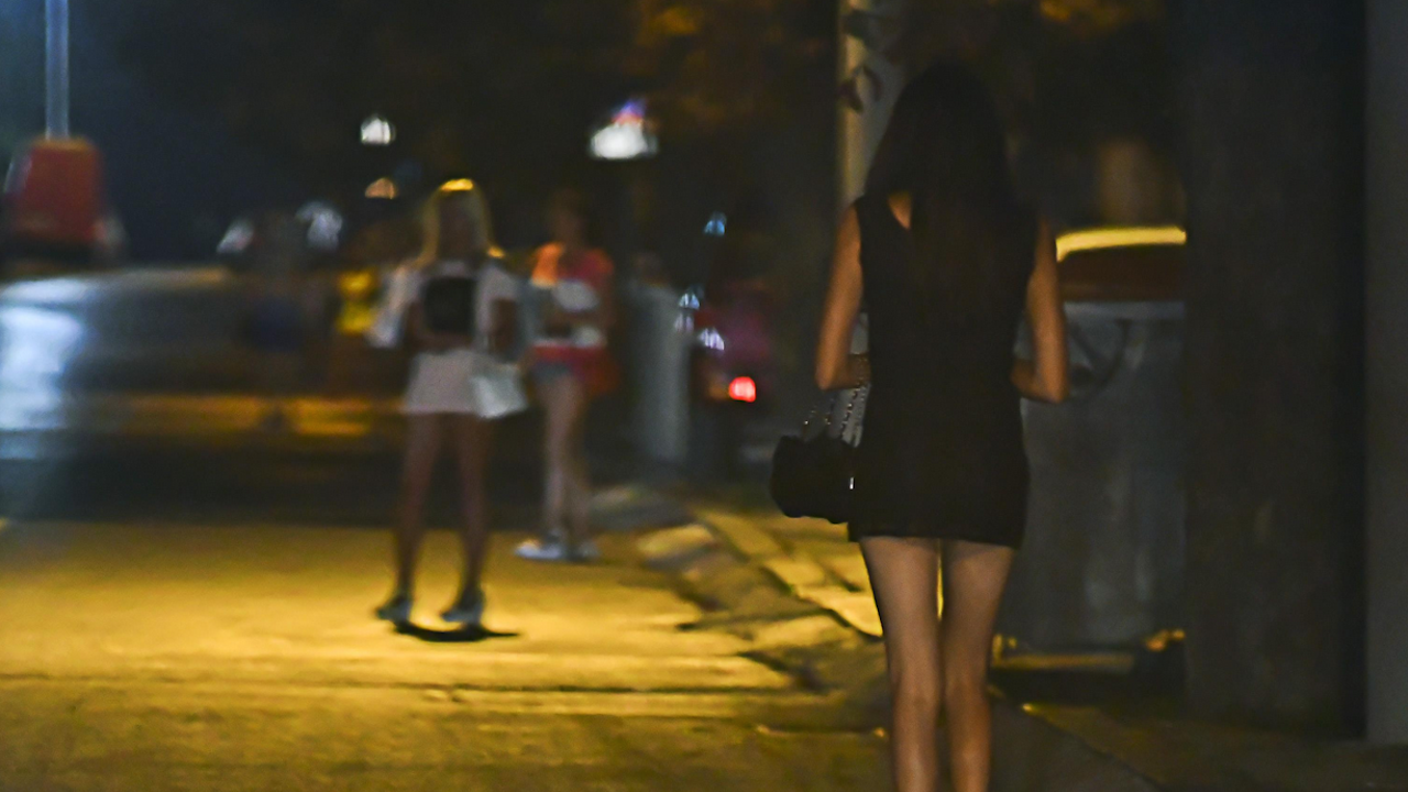 Спецакции и арести на проститутки и сутеньори