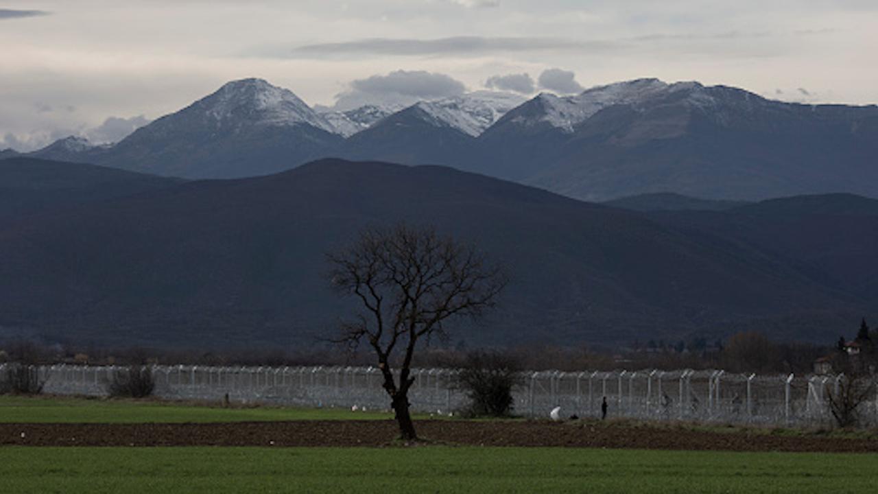 Временно се въвеждат ограничителни мерки на граничните пунктове с РС Македония