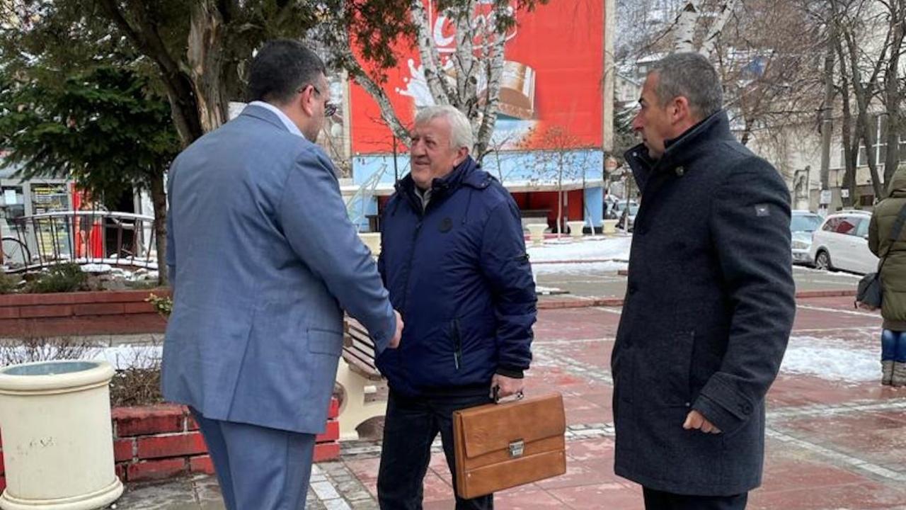 Младен Маринов в Своге : Хора с претенции да управляват не мислят за икономика и здравеопазване, а само да си докажат кой кой е