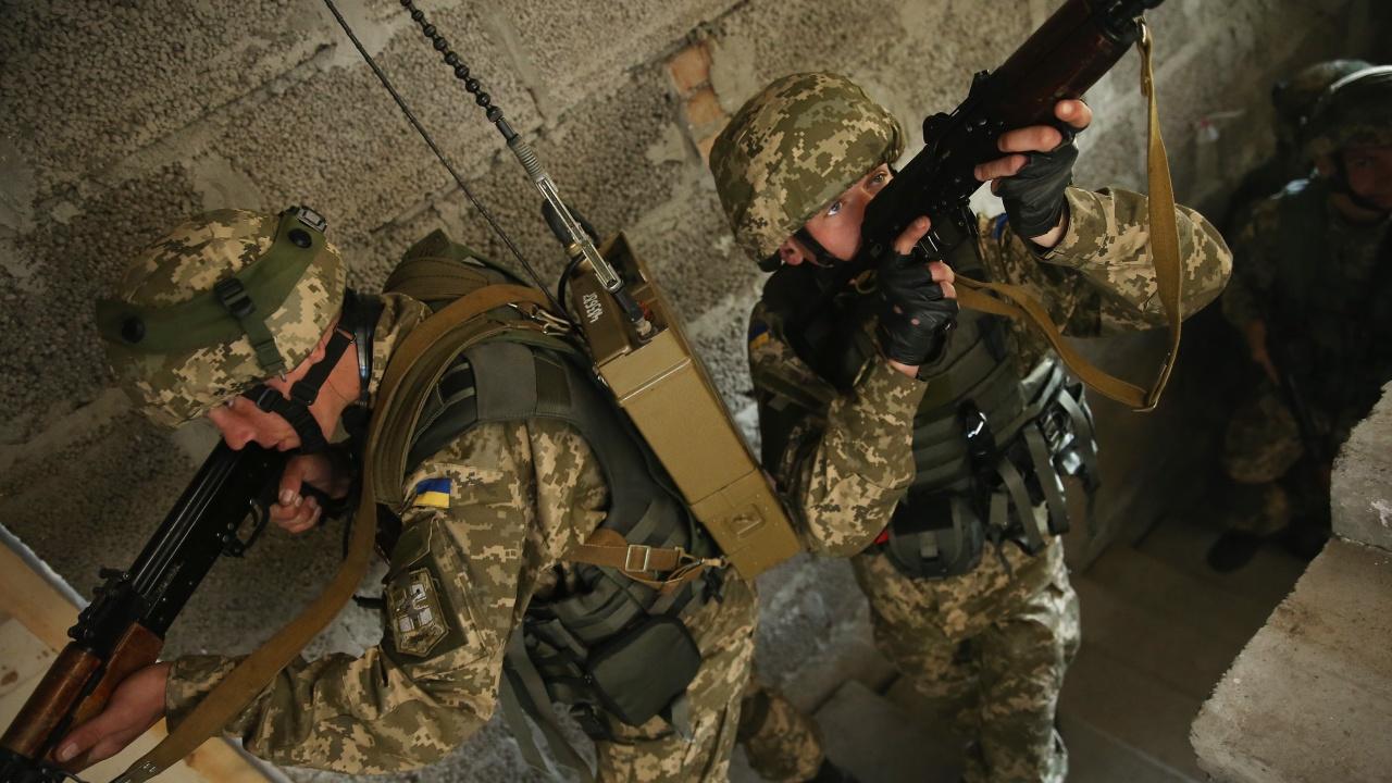 Украински войник бе убит в Източна Украйна - деветата жертва на конфликта за месец