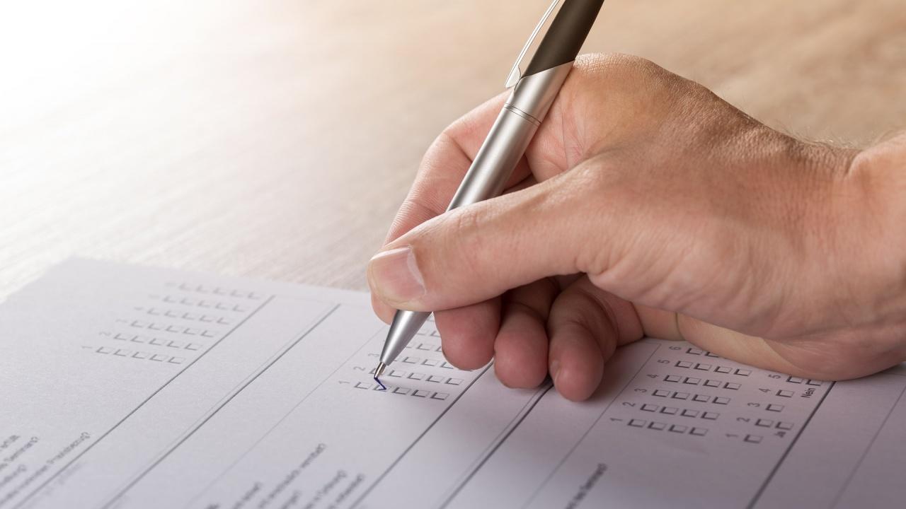 Може да има проблем с протоколите за изборите, предупреди шеф на РИК-София
