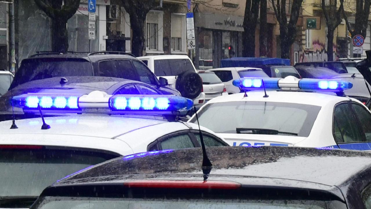 Полицията на крак заради анонимен сигнал за бомби в Дупница