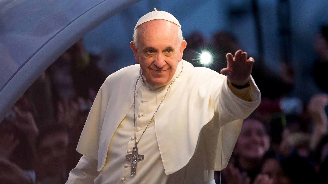 Папата отслужи литургия за Палмовата неделя сред ограничен брой вярващи