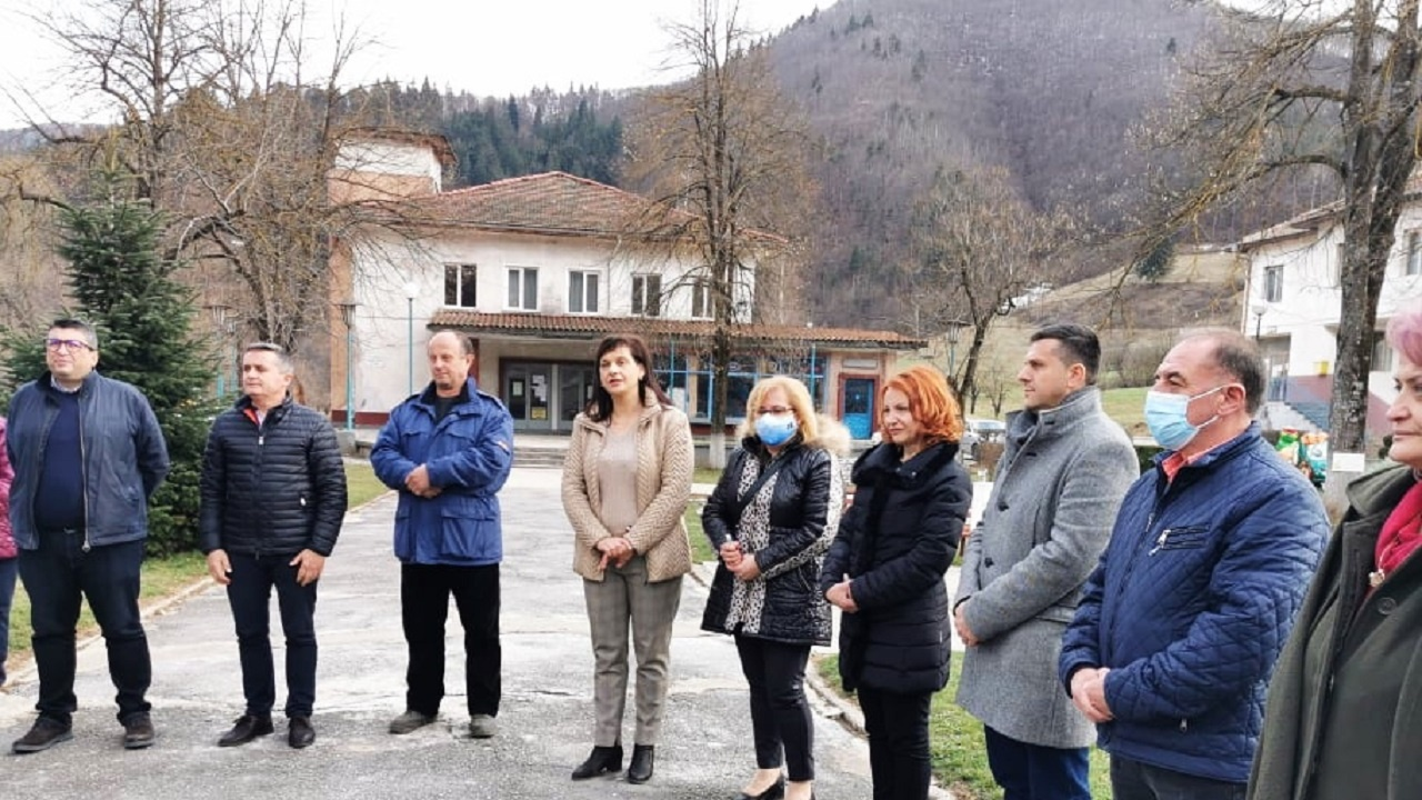 Дариткова в Смилян: През последните години тук бяха инвестирани около 5 млн. лева