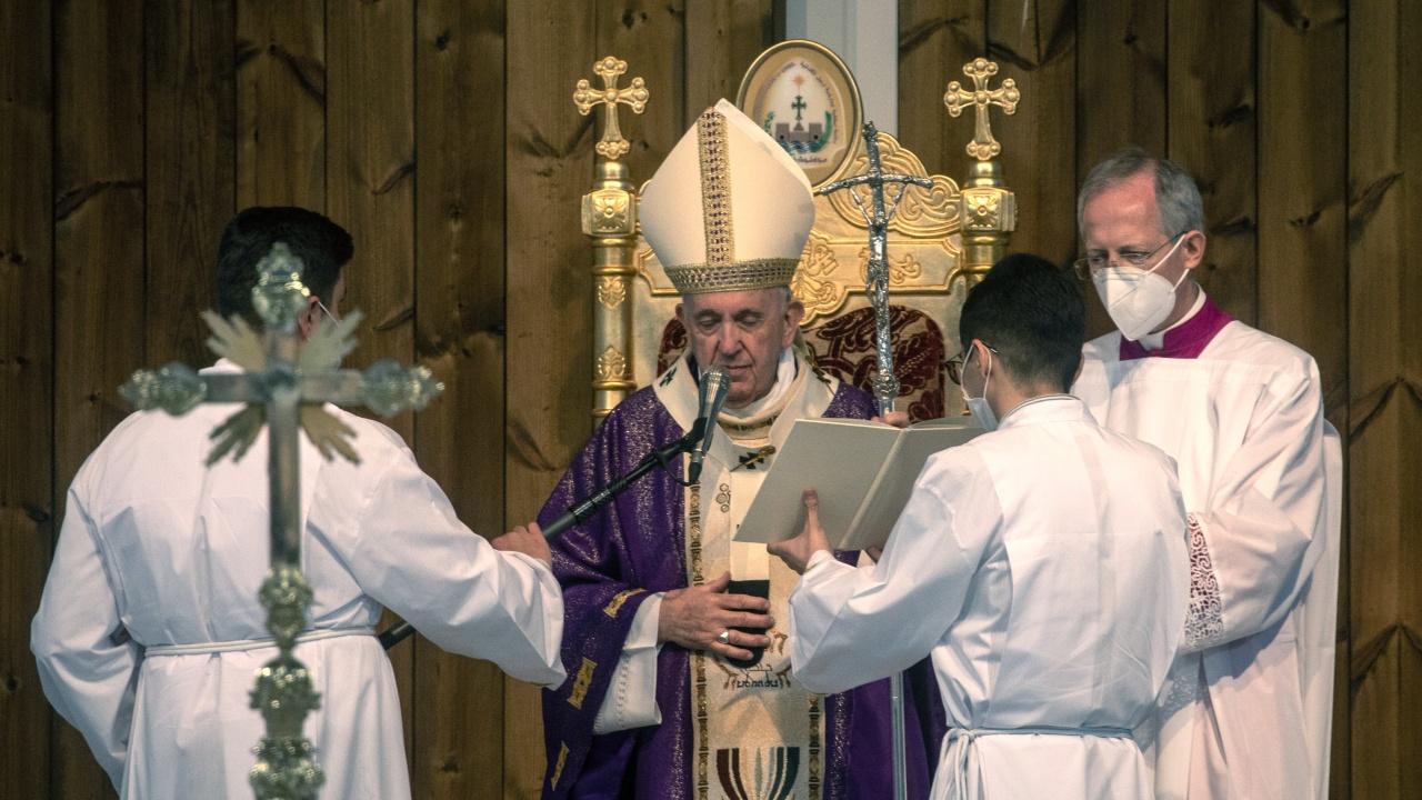 Папа Франциск постави началото на тържествените финални дни на Страстната седмица
