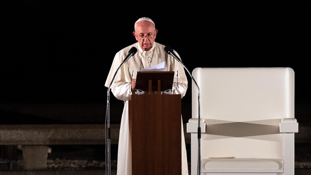 Папа Франциск за втори път предстоятелства кръстния ход на Разпети петък без публика
