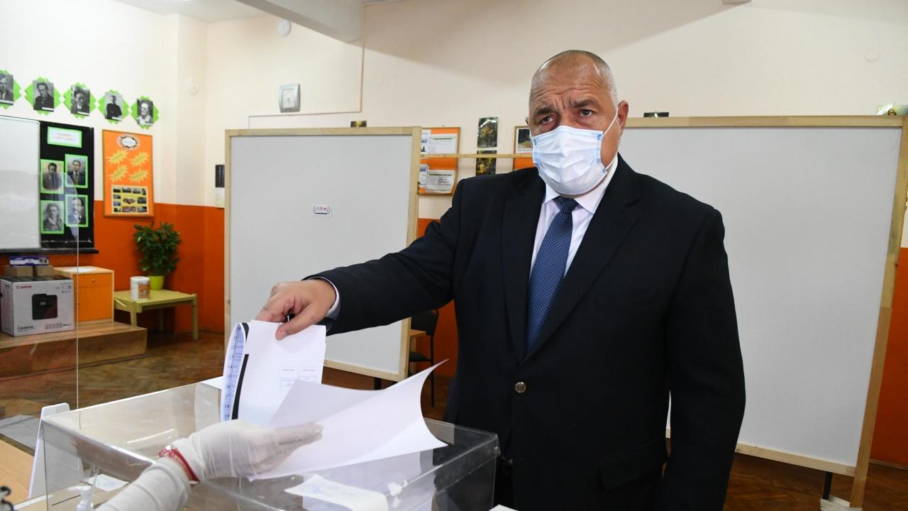 Бойко Борисов гласува, ето какво каза той