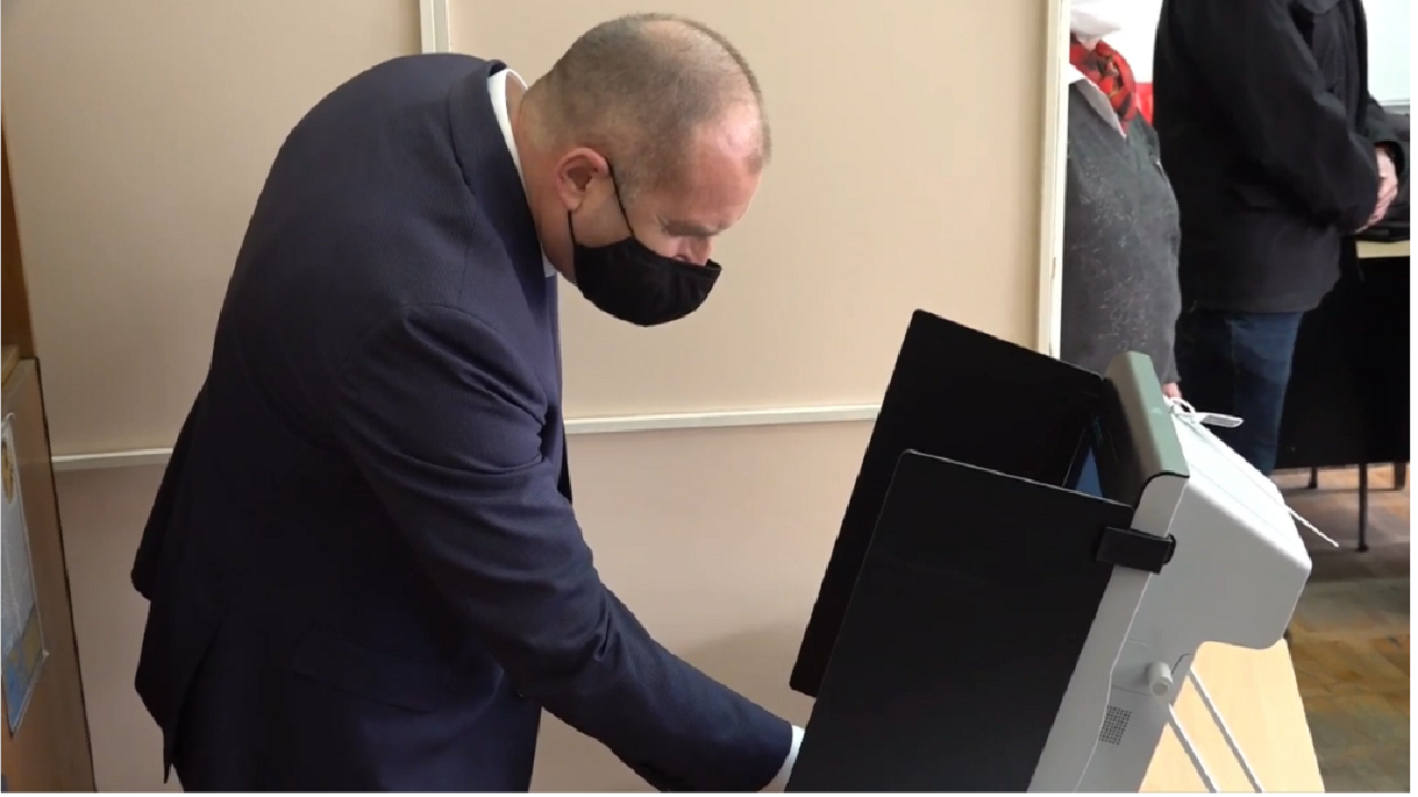 Румен Радев: Гласувах за свободна и просперираща България