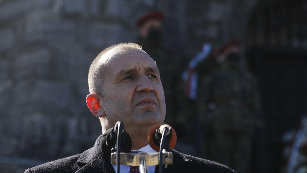 Политолог: Ако не се реализира четвърти мандат на Борисов, ще се стигне до служебен кабинет на Радев