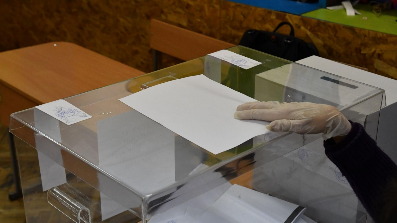 ГЕРБ-СДС печели в Ловешка област