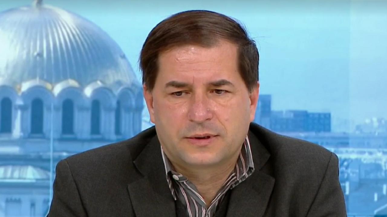 Д-р Борислав Цеков: Третият мандат за съставяне на правителство стимулира търсенето на обединителни фигури