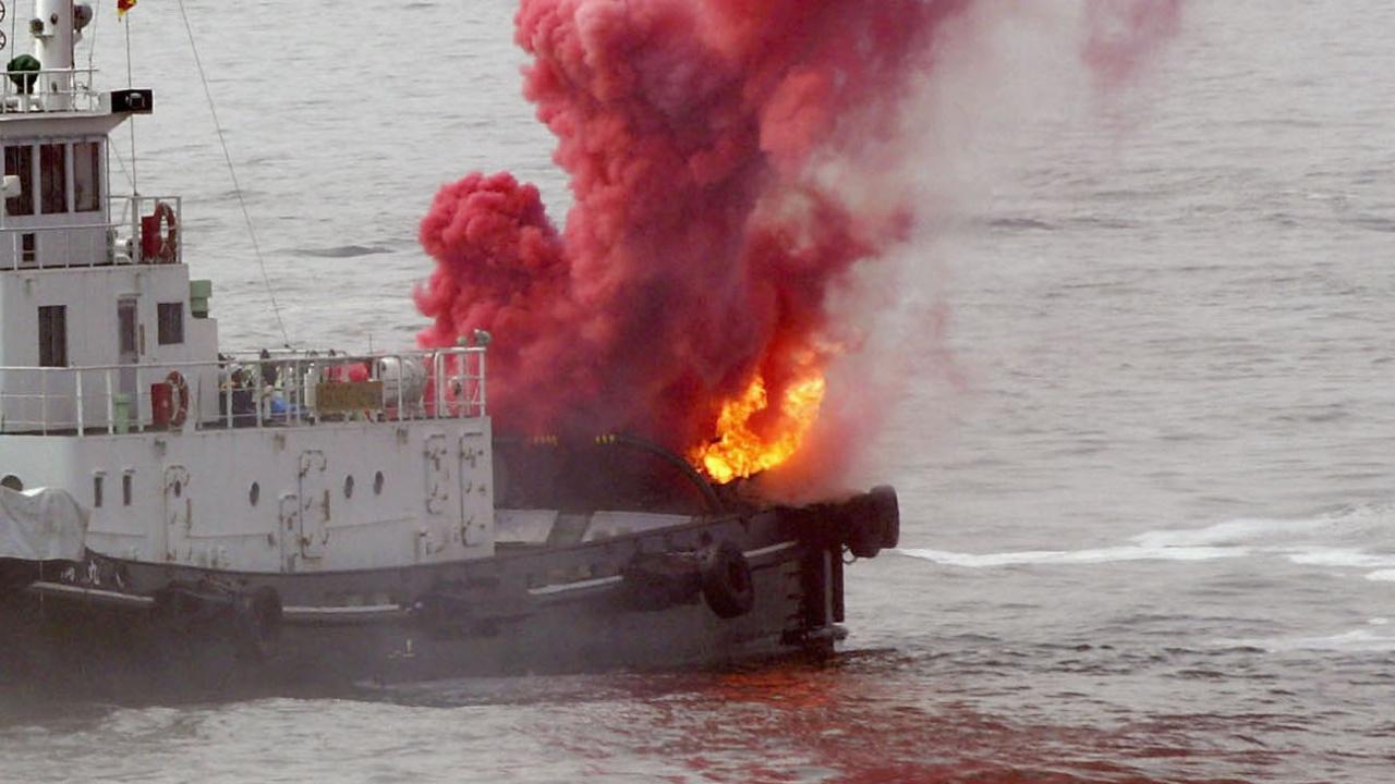 Израел ударил ирански кораб?