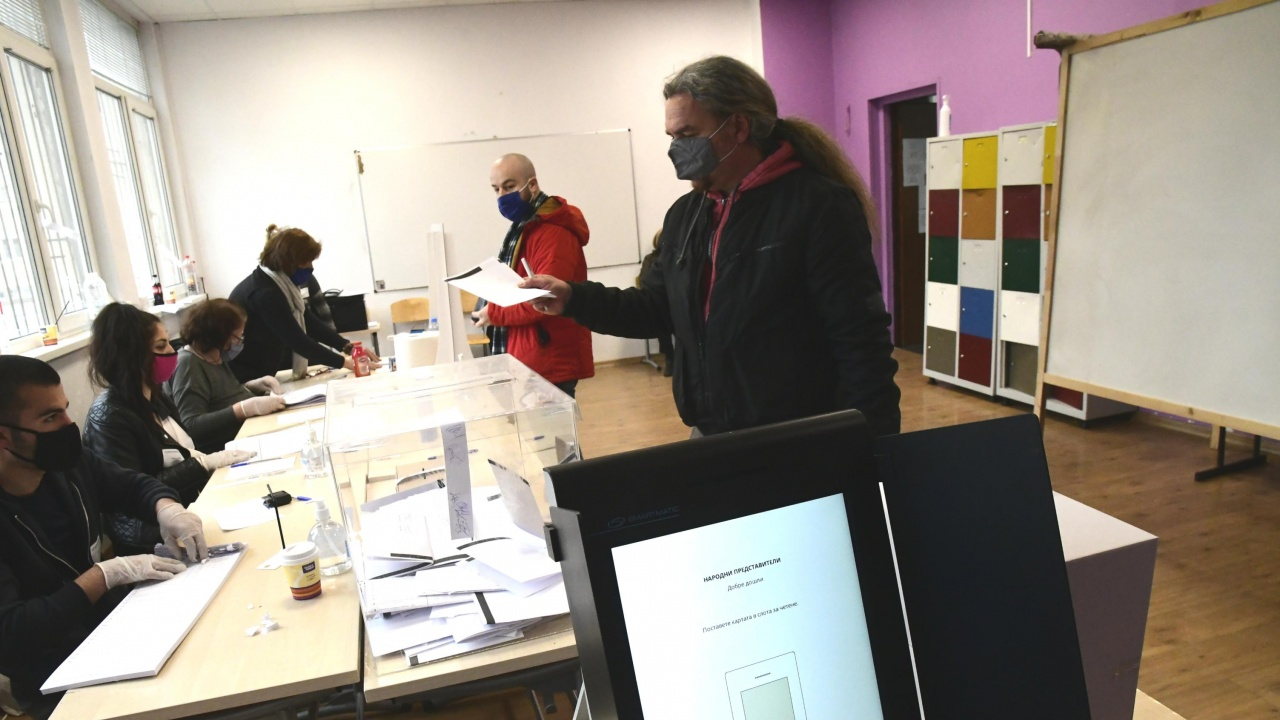 100% машинно гласуване в хасковското село Зорница