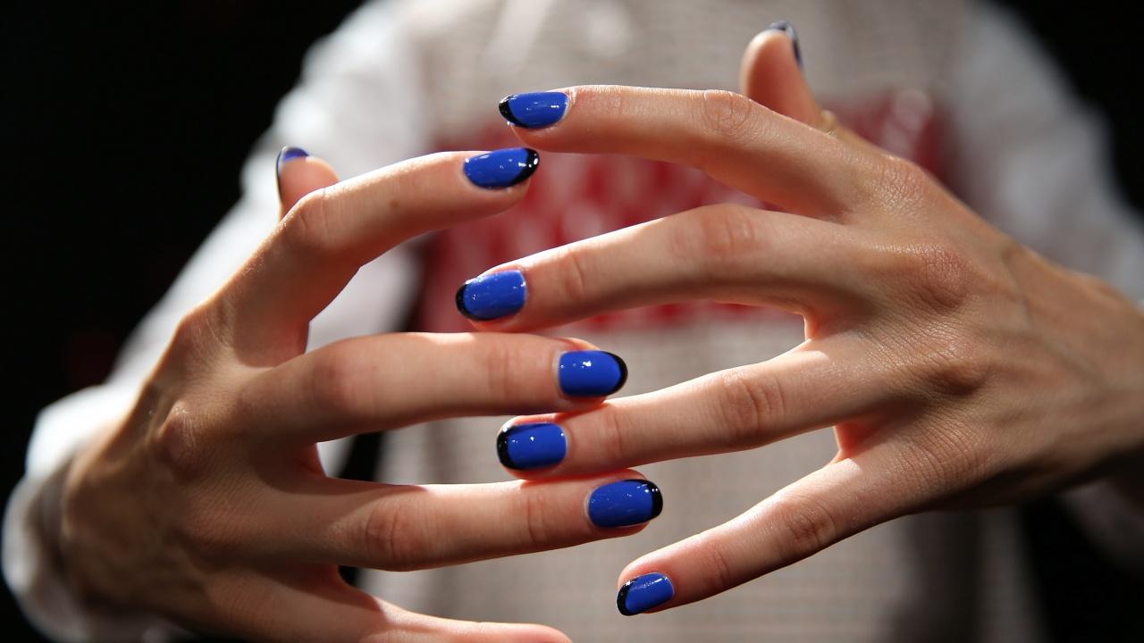 Жената с най-дългите нокти на света ги отряза