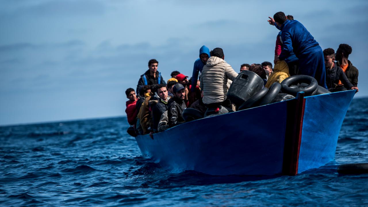 Най-малко четирима мигранти бяха открити мъртви край Канарските острови