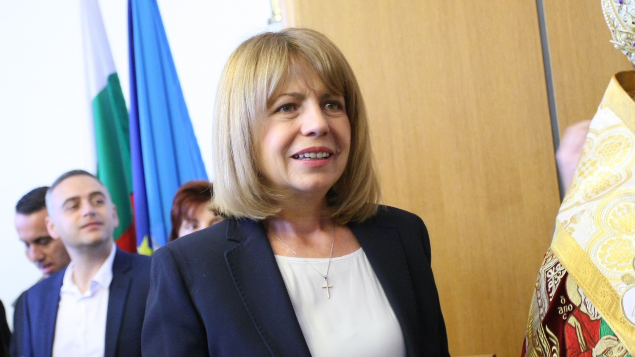 Лили Иванова с жест към Фандъкова за рождения ѝ ден